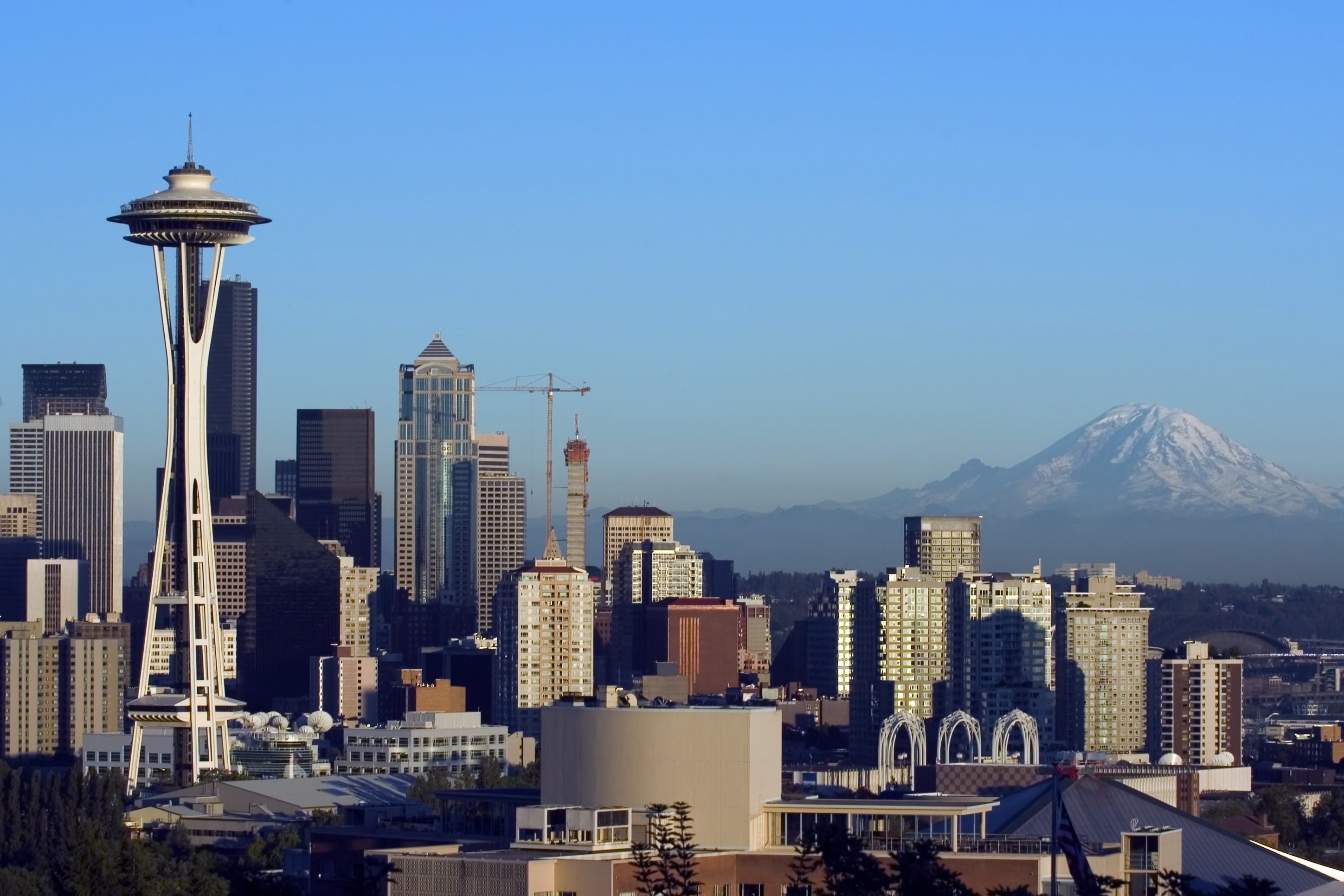 view of seattle downtown with mount rainier